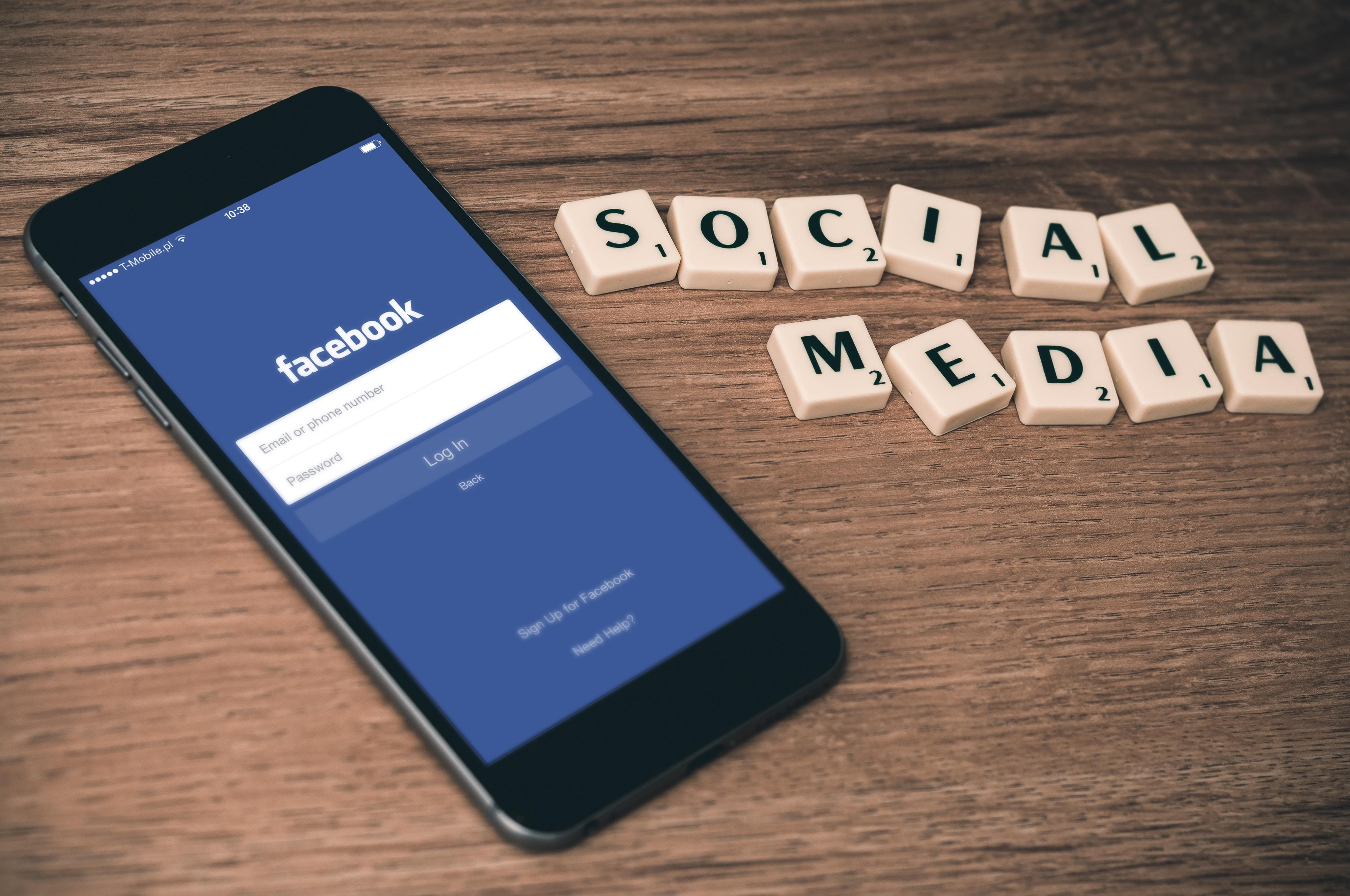 Igre je konec, Facebook izstavlja račune